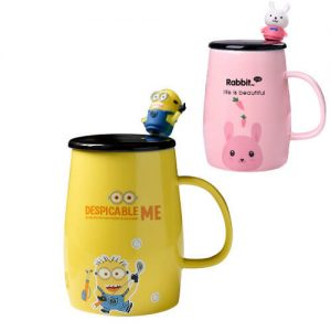Cheap ceramic mug with custom 3D figurine spoon for gift with purchase singapore