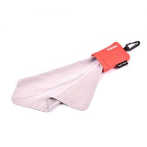 Cheap cleaning cloth with pouch