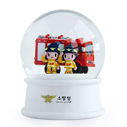 Corporate snow globe singapore